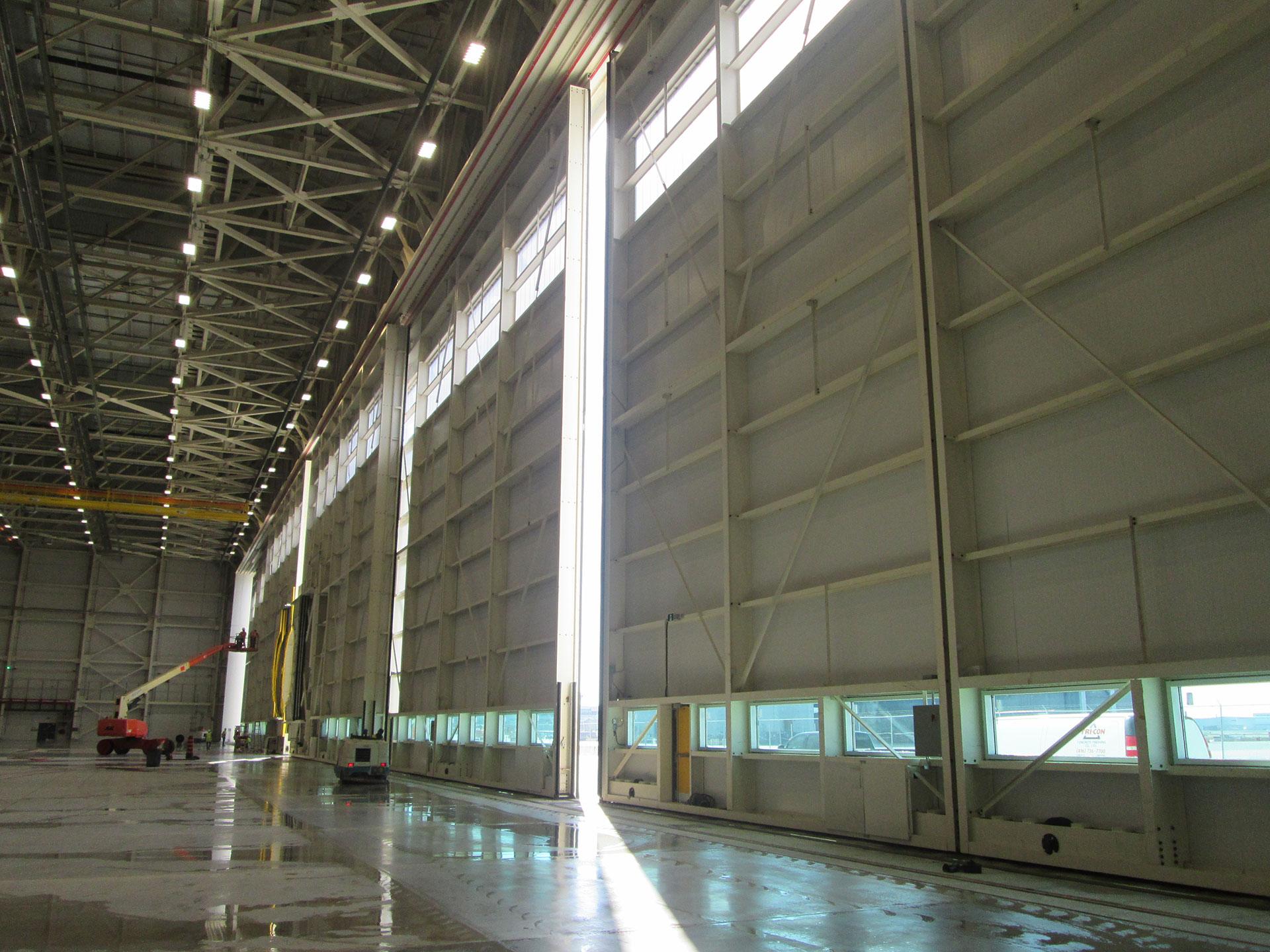 Hangar doors installation